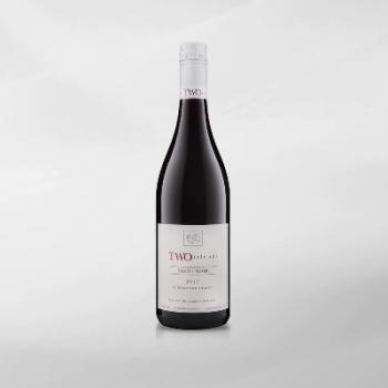 Two Islands Pinot Noir 750 ml